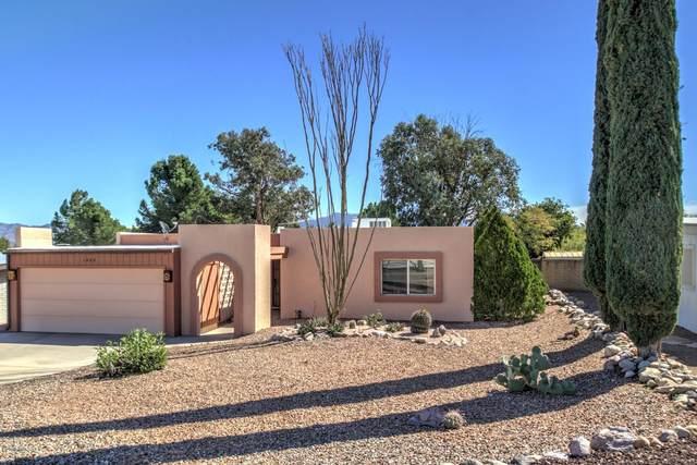 1408 N Rio Aros, Green Valley, AZ 85614 (#22005077) :: Gateway Partners | Realty Executives Arizona Territory