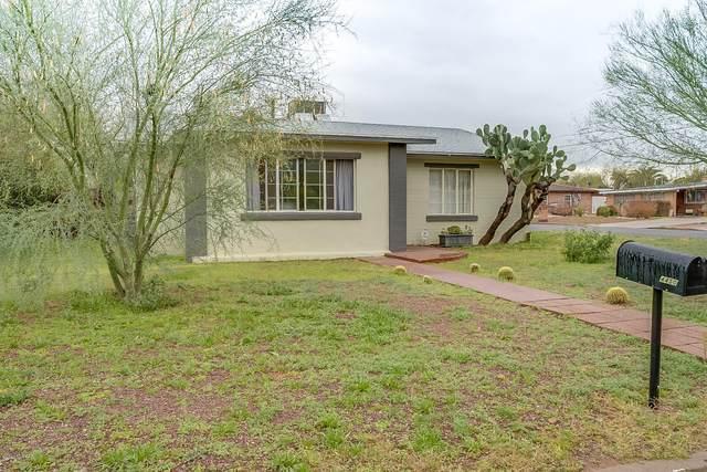 4450 E 4th Street, Tucson, AZ 85711 (MLS #22005268) :: The Property Partners at eXp Realty