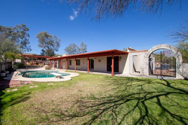 6850 E River Road, Tucson, AZ 85750 (#22005658) :: Long Realty - The Vallee Gold Team
