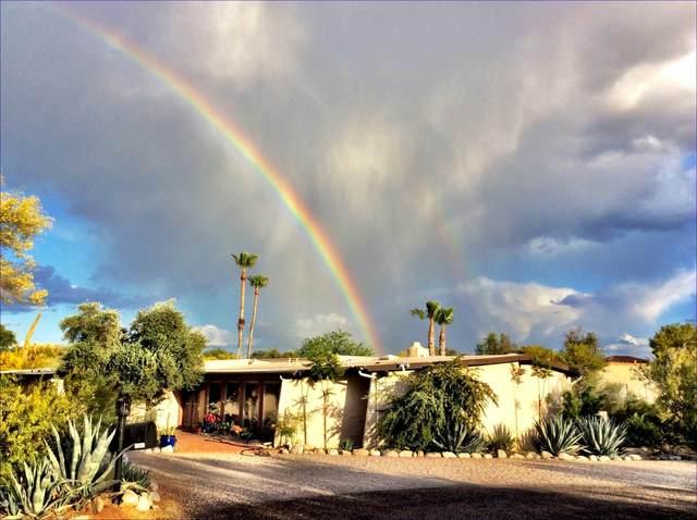 1501 E Via Soledad, Tucson, AZ 85718 (#22006615) :: Long Realty - The Vallee Gold Team