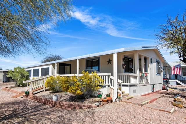 6190 S Mainside Drive, Tucson, AZ 85746 (#22006640) :: Long Realty - The Vallee Gold Team