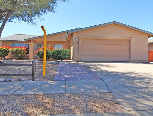 7808 S Danforth Avenue, Tucson, AZ 85747 (#22007964) :: Long Realty - The Vallee Gold Team