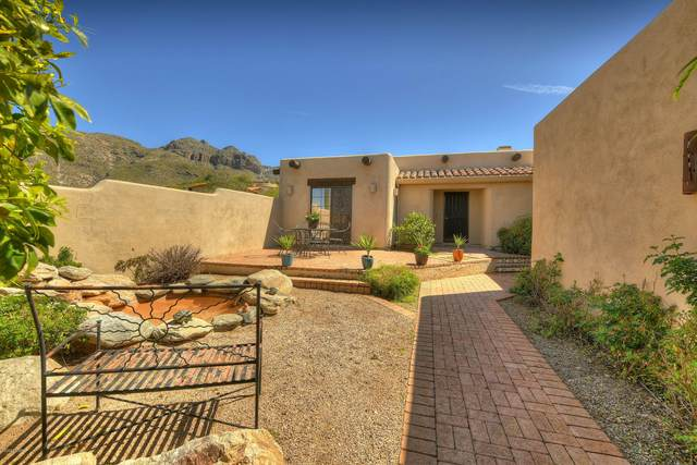 7280 N Camino Sin Vacas, Tucson, AZ 85718 (#22008072) :: Long Realty - The Vallee Gold Team