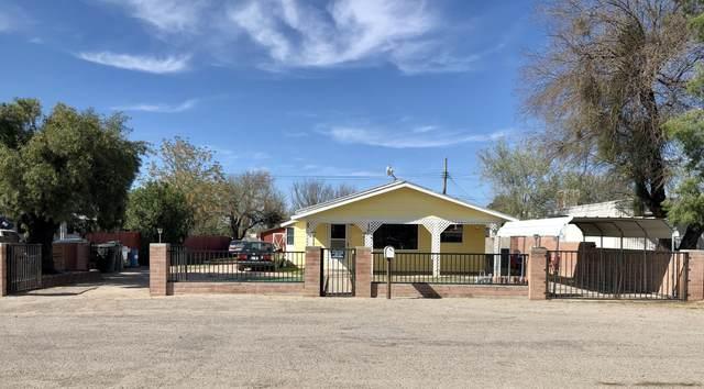 907 E Saint Katherine's Court, Tucson, AZ 85756 (#22008136) :: Long Realty - The Vallee Gold Team