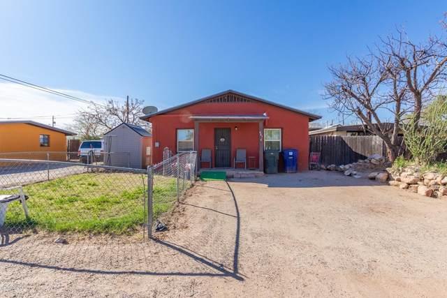 447 W Pelaar Drive, Tucson, AZ 85705 (#22008161) :: Tucson Property Executives