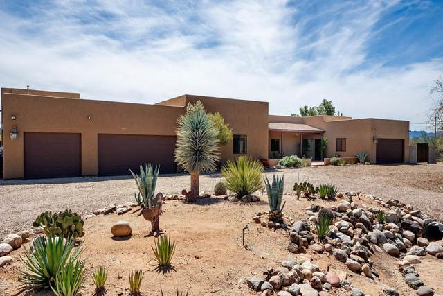 1901 W Magic Place, Tucson, AZ 85704 (#22008357) :: Long Realty - The Vallee Gold Team