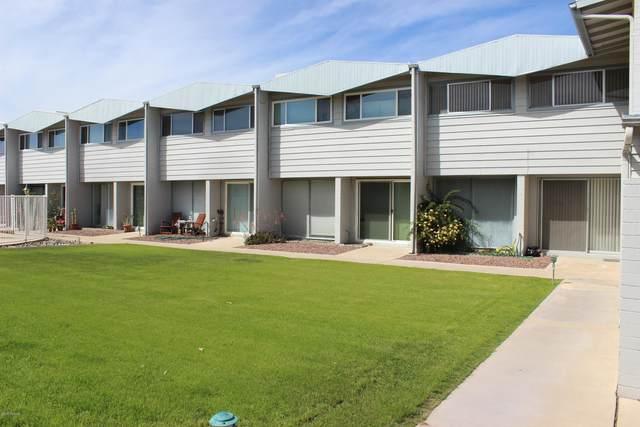 1735 S Jones Boulevard J12, Tucson, AZ 85713 (#22008382) :: Long Realty - The Vallee Gold Team