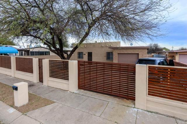 2908 W Maxine Circle, Tucson, AZ 85746 (#22008393) :: Long Realty - The Vallee Gold Team