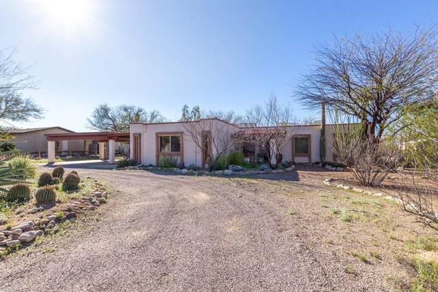 9500 E Walnut Tree Drive, Tucson, AZ 85749 (#22008691) :: The Josh Berkley Team