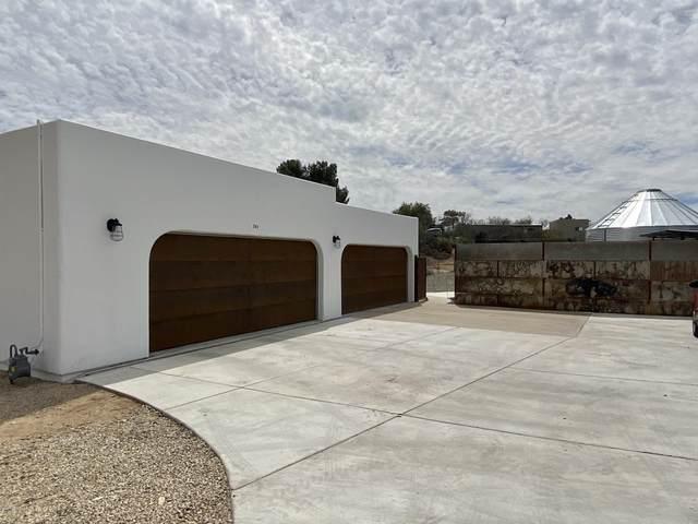 741 W Via De Suenos, Green Valley, AZ 85622 (#22008742) :: The Local Real Estate Group | Realty Executives
