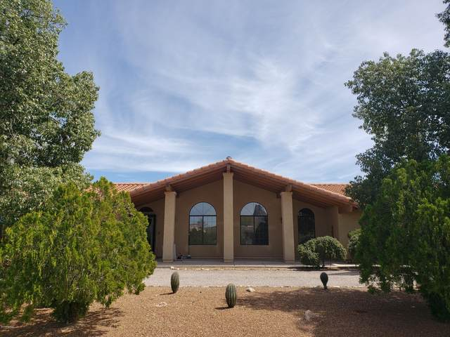 7700 N Bellwether Drive, Tucson, AZ 85743 (#22008803) :: Keller Williams