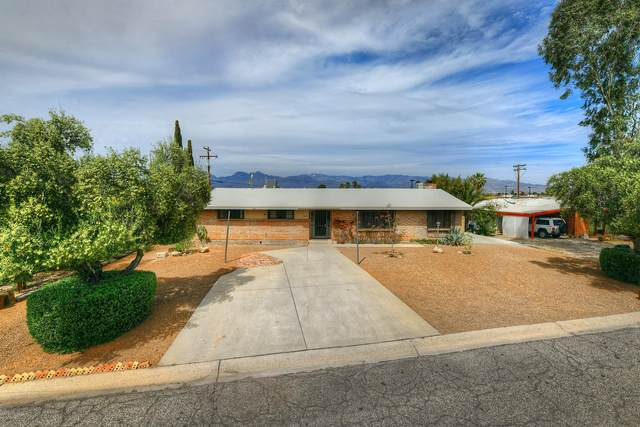 7431 E Calle Sinaloa, Tucson, AZ 85710 (#22009062) :: Long Realty - The Vallee Gold Team