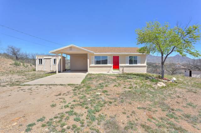 1180 Emilio Court, Rio Rico, AZ 85648 (#22009096) :: Tucson Property Executives