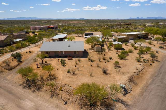 7600 S Camino Mirlo, Tucson, AZ 85747 (#22009225) :: Long Realty - The Vallee Gold Team
