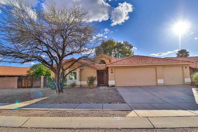 9788 E Paseo Del Tornasol, Tucson, AZ 85747 (#22009268) :: Long Realty - The Vallee Gold Team