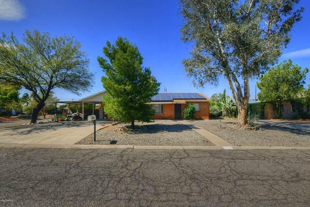 1303 S Avenida Sirio, Tucson, AZ 85710 (#22009337) :: The Josh Berkley Team