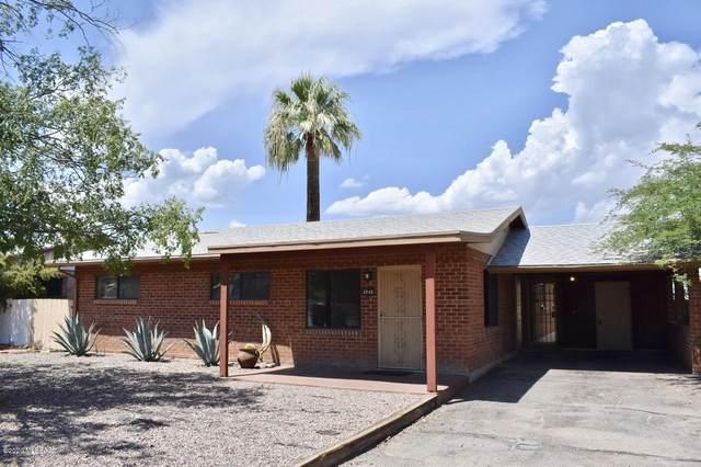 2743 N Warren Avenue, Tucson, AZ 85719 (#22009460) :: Luxury Group - Realty Executives Arizona Properties