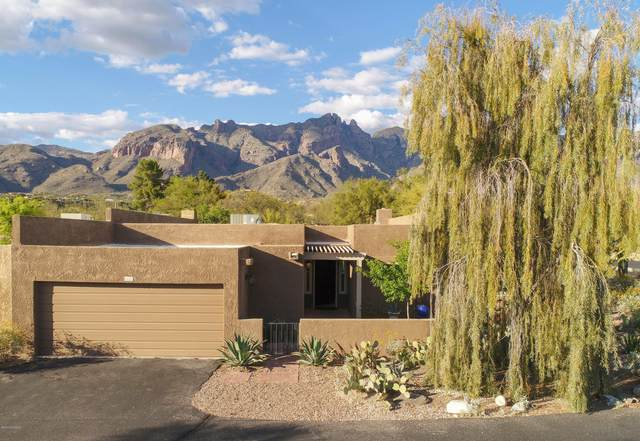 6541 N Foothills Drive, Tucson, AZ 85718 (#22009611) :: Long Realty - The Vallee Gold Team