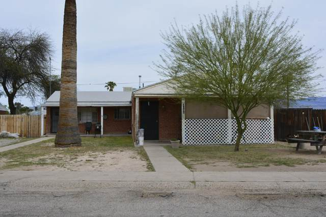 4633 E 17Th Street, Tucson, AZ 85711 (#22009774) :: Long Realty - The Vallee Gold Team