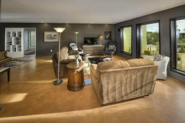 5950 N Camino Arizpe, Tucson, AZ 85718 (MLS #22011576) :: The Property Partners at eXp Realty