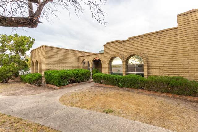 2439 N Shade Tree Circle, Tucson, AZ 85715 (#22011865) :: Long Realty - The Vallee Gold Team
