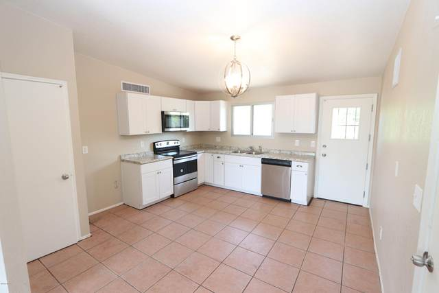 518 W Holladay Drive, Tucson, AZ 85706 (#22011896) :: Long Realty - The Vallee Gold Team