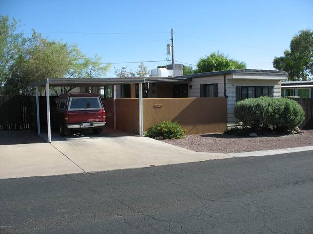 5373 W Rafter Circle Street, Tucson, AZ 85713 (#22011998) :: Long Realty - The Vallee Gold Team