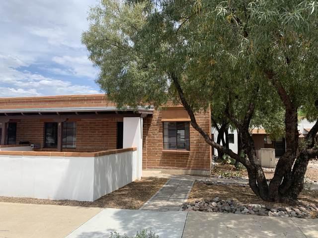 235 S Paseo Quinta D, Green Valley, AZ 85614 (#22012032) :: Long Realty Company