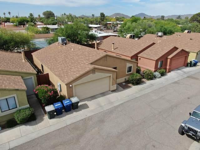 420 E Geronimo Bluff Loop, Tucson, AZ 85705 (#22012276) :: Long Realty Company