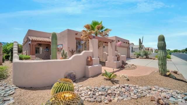 2781 S Greenside Place, Green Valley, AZ 85614 (#22012394) :: Long Realty - The Vallee Gold Team