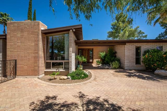 7511 E Sabino Vista Drive, Tucson, AZ 85750 (#22012877) :: The Josh Berkley Team