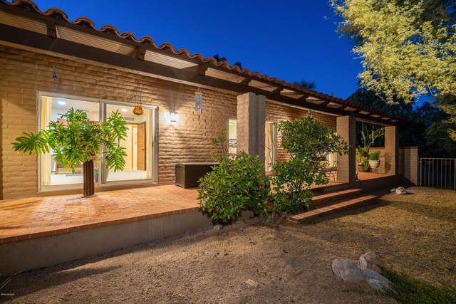 5051 E Mission Hill Drive, Tucson, AZ 85718 (#22013023) :: Long Realty - The Vallee Gold Team