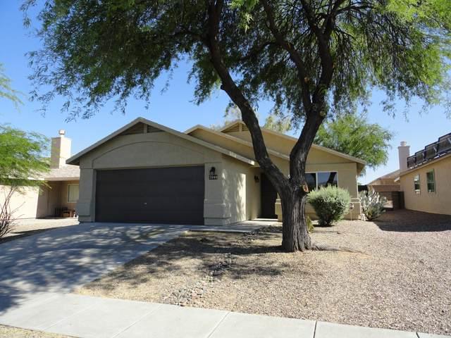 7040 E Mustang Flyer Way, Tucson, AZ 85730 (#22013056) :: Gateway Partners | Realty Executives Arizona Territory