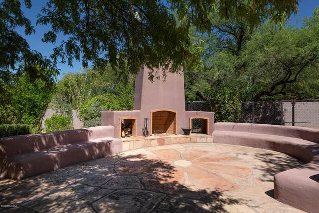 3150 N Lodge Road, Tucson, AZ 85750 (#22013152) :: The Josh Berkley Team