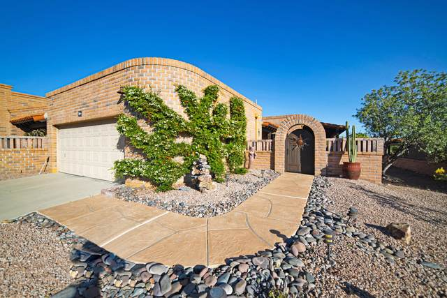 741 W Desert Trail, Green Valley, AZ 85622 (#22013231) :: The Josh Berkley Team