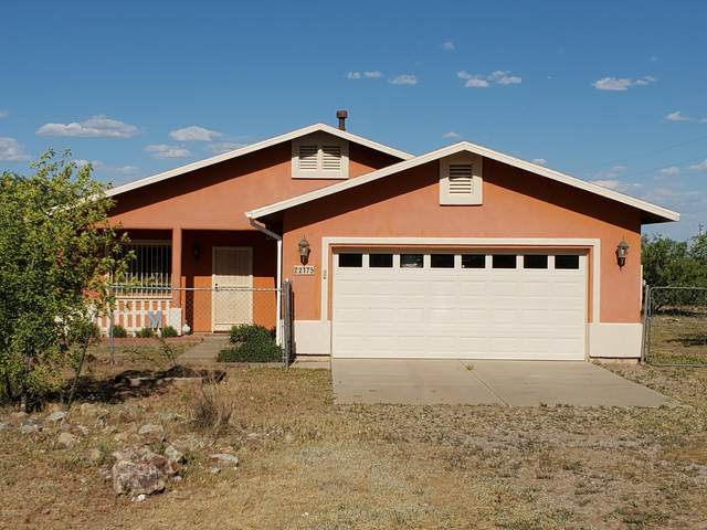 2175 N Cedar Avenue, Huachuca City, AZ 85616 (#22013377) :: Realty Executives Tucson Elite