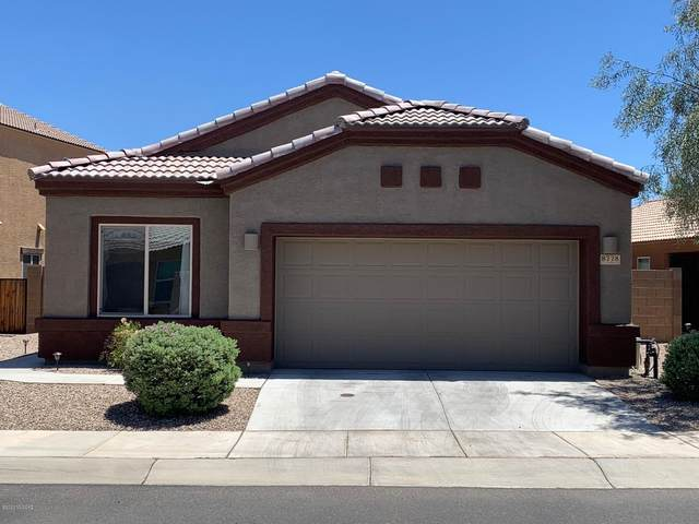 8778 N White Spruce Drive, Tucson, AZ 85743 (#22013417) :: Long Realty - The Vallee Gold Team