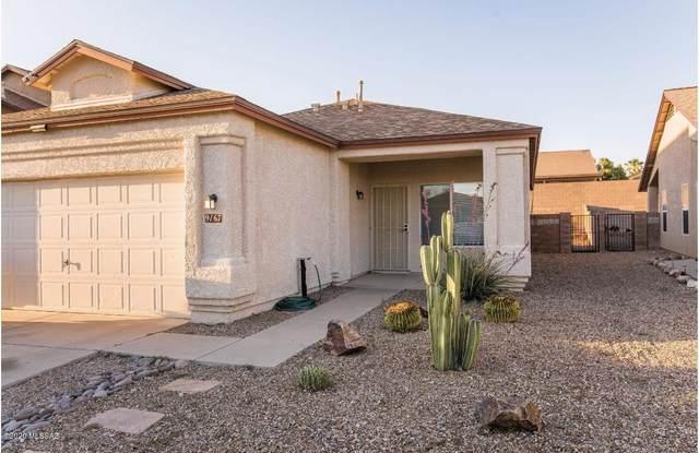 9167 E Rainsage Street, Tucson, AZ 85747 (#22013468) :: The Josh Berkley Team