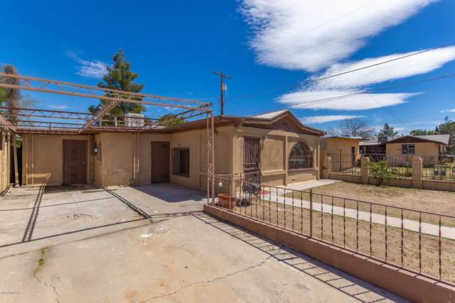 4531 S 11Th Avenue, Tucson, AZ 85714 (#22013701) :: Tucson Property Executives
