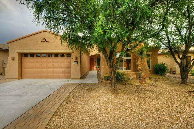 8632 N Moonfire Drive, Tucson, AZ 85743 (#22013779) :: Long Realty - The Vallee Gold Team