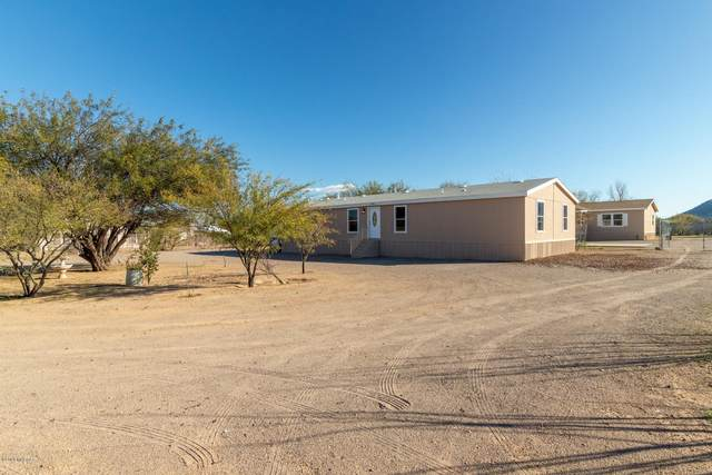 2801 W Los Reales Road, Tucson, AZ 85746 (#22013792) :: Long Realty - The Vallee Gold Team