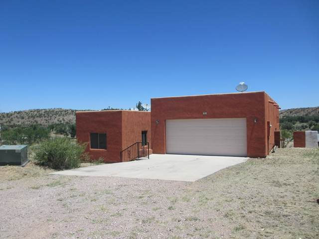 6 Lacey Court, Nogales, AZ 85621 (#22014494) :: The Josh Berkley Team