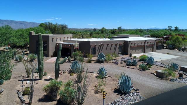 10070 Powder Horn Place, Tucson, AZ 85749 (#22014496) :: Long Realty - The Vallee Gold Team