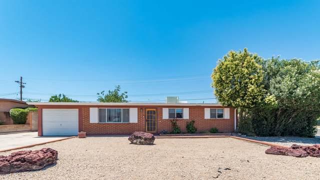 8102 E Beverly Street, Tucson, AZ 85710 (#22015033) :: Long Realty Company