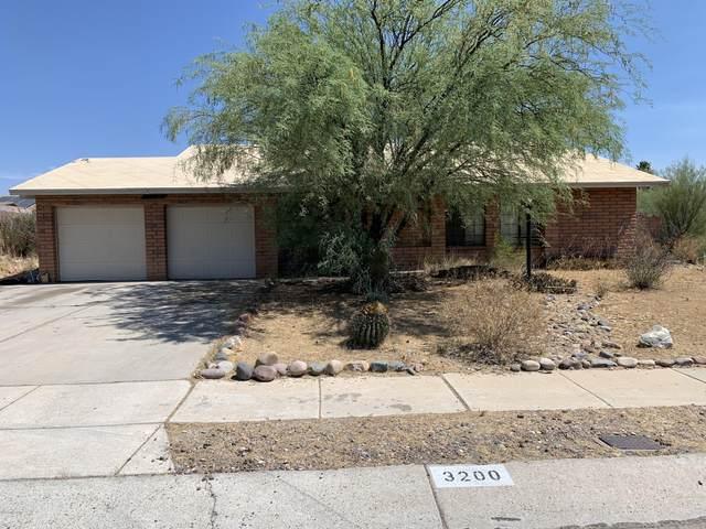 3200 W Green Ridge Drive, Tucson, AZ 85741 (#22015882) :: Luxury Group - Realty Executives Arizona Properties