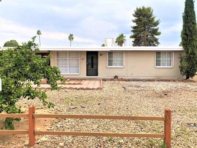 5820 E Calle Aurora, Tucson, AZ 85711 (#22015919) :: Long Realty - The Vallee Gold Team