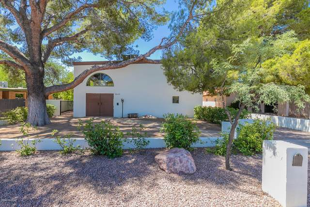 5842 E 3Rd Street, Tucson, AZ 85711 (#22016080) :: Long Realty - The Vallee Gold Team