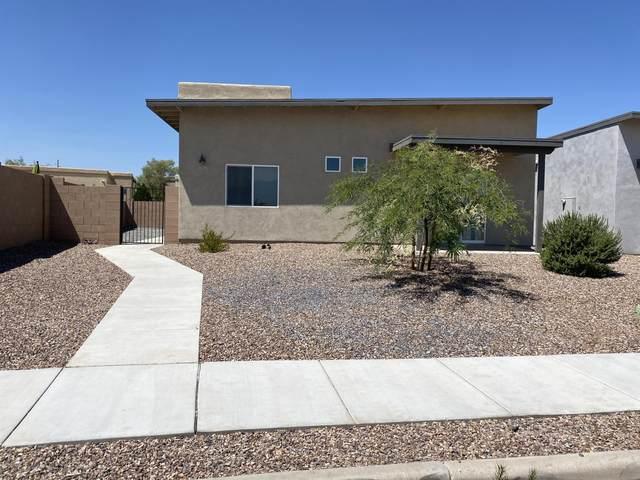 3071 N Dales Crossing Drive, Tucson, AZ 85745 (#22016144) :: AZ Power Team | RE/MAX Results