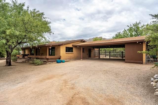 11520 E Sneller Vista Drive, Tucson, AZ 85749 (#22016380) :: Keller Williams