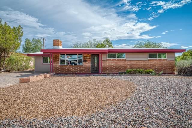 6962 E Kirkland Drive, Tucson, AZ 85710 (#22016468) :: Long Realty Company
